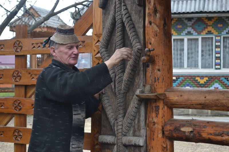 Lorinț și poarta sa fermecată
