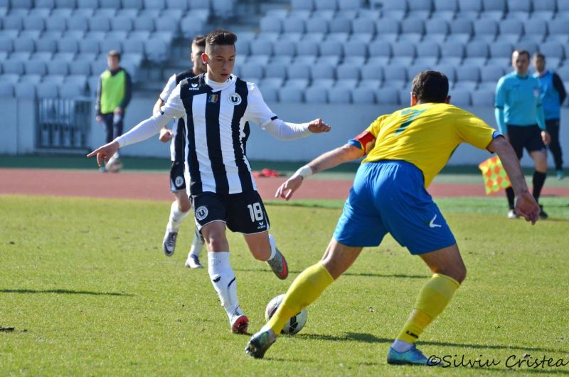 Olimpiu Moruțan, la debutul în echipa mare a Universității, foto: Silviu Cristea